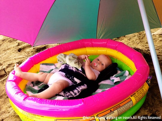 T-on-beach-in-pool-001