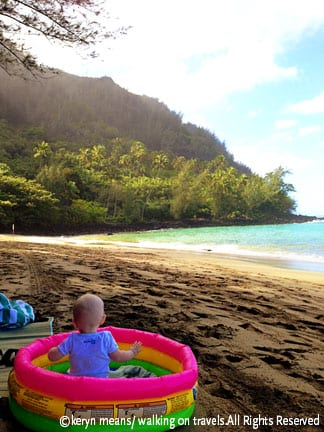 T-on-beach-in-pool-002