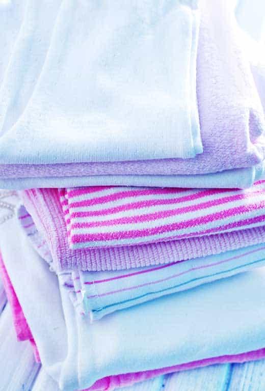 Bottle feeding tips burp cloth