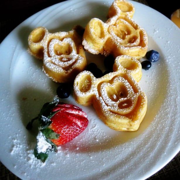 Mickey-pancakes-001