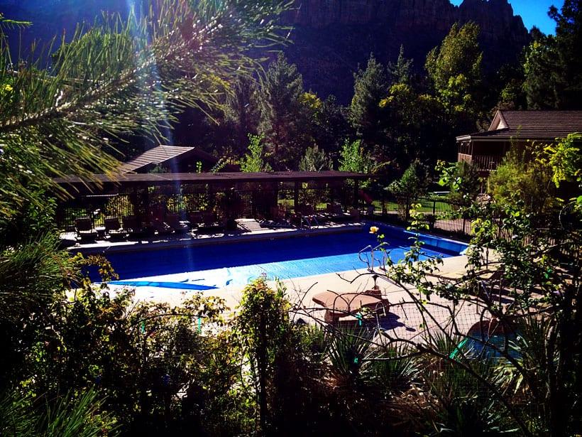 Cliffrose-Lodge-and-Garden