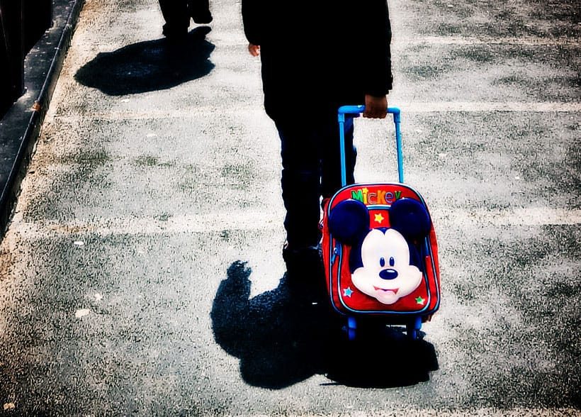 Mickey-Mouse-Suitcase