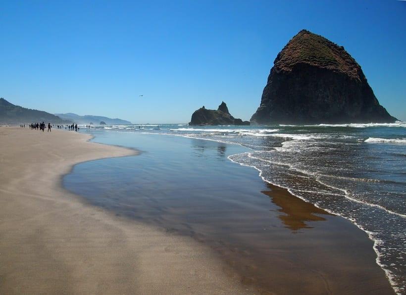 Cannon Beach Oregon Haystack Rock
