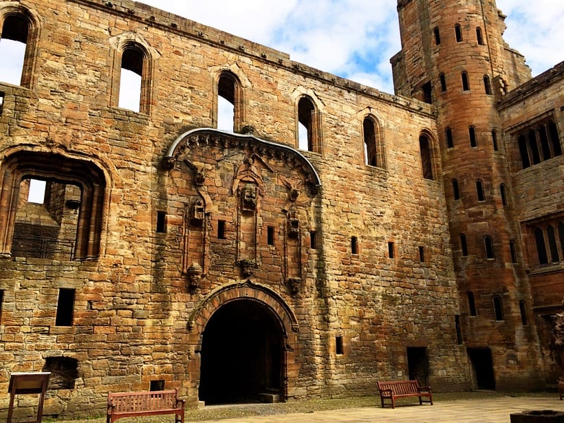 linlithgow palace- Scotland with Kids Itinerary