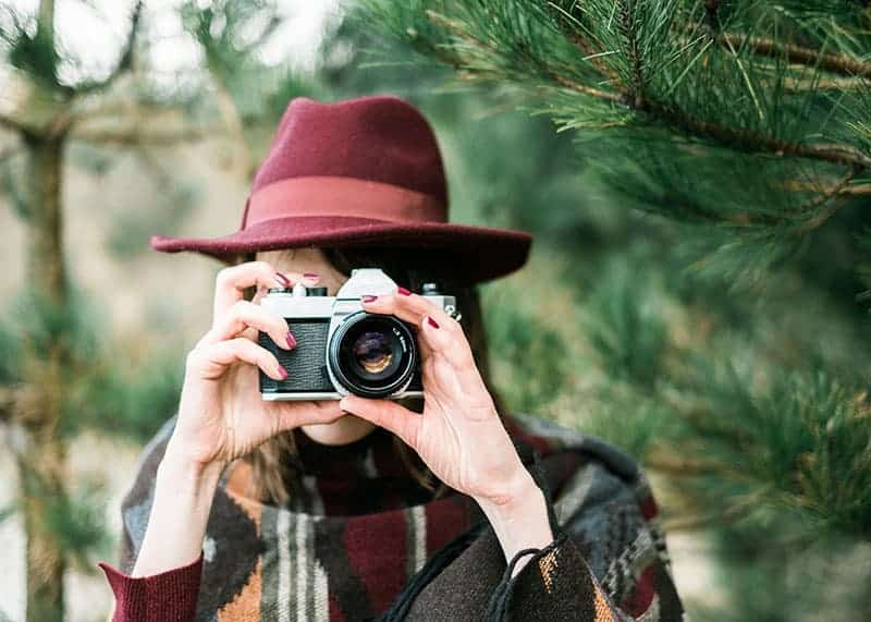 Best Cameras for Pro and Newbie Family Photography when You Travel