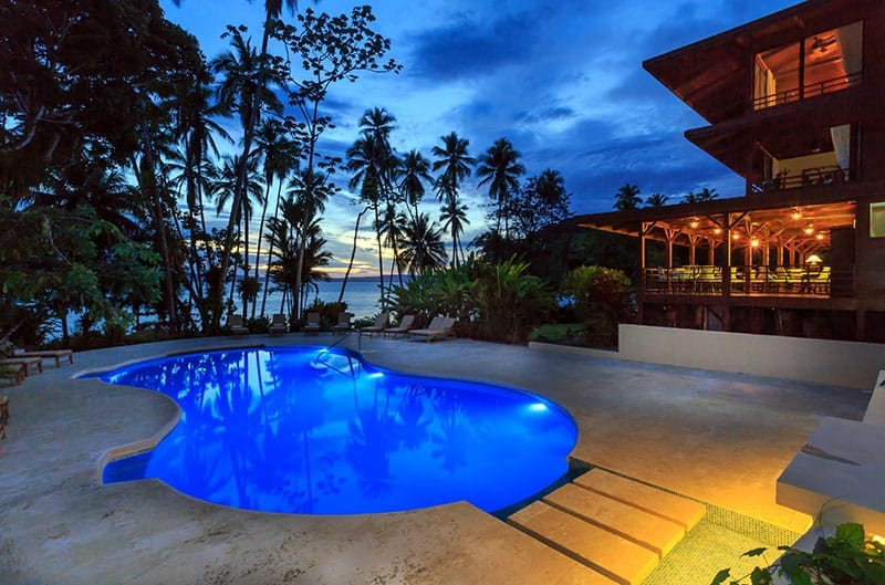 Travel Destinations Playa Cativo Lodge