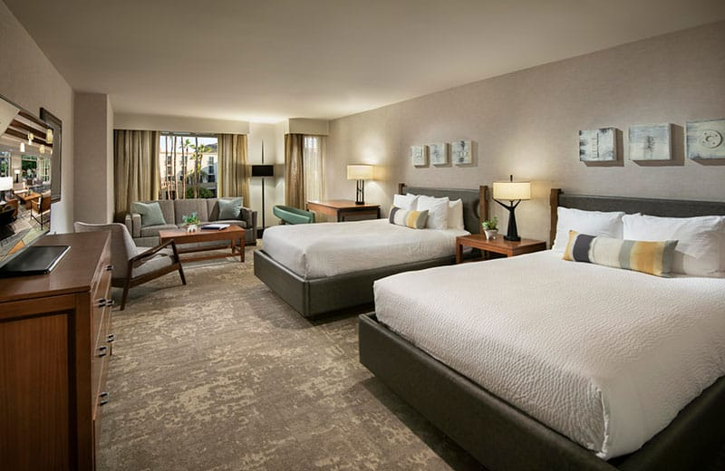 Hotels in Tempe AZ- Tempe Mission Palms Hotel