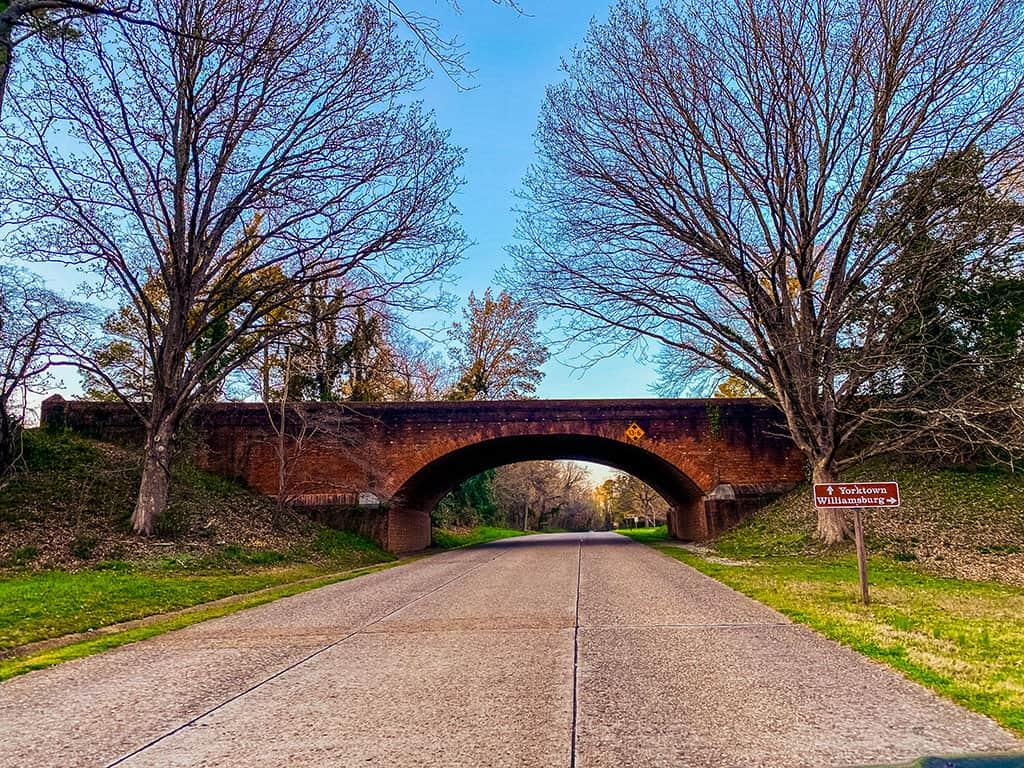 Colonial Parkway in Williamsburg VA